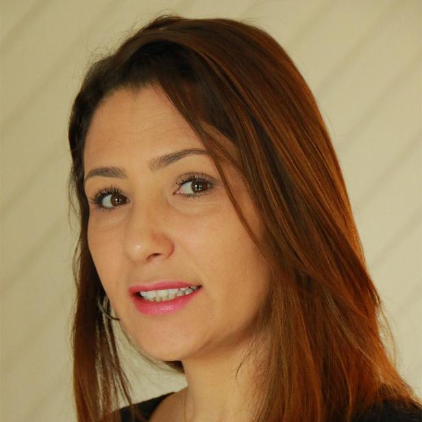 Mouchira Labidi, experte IA